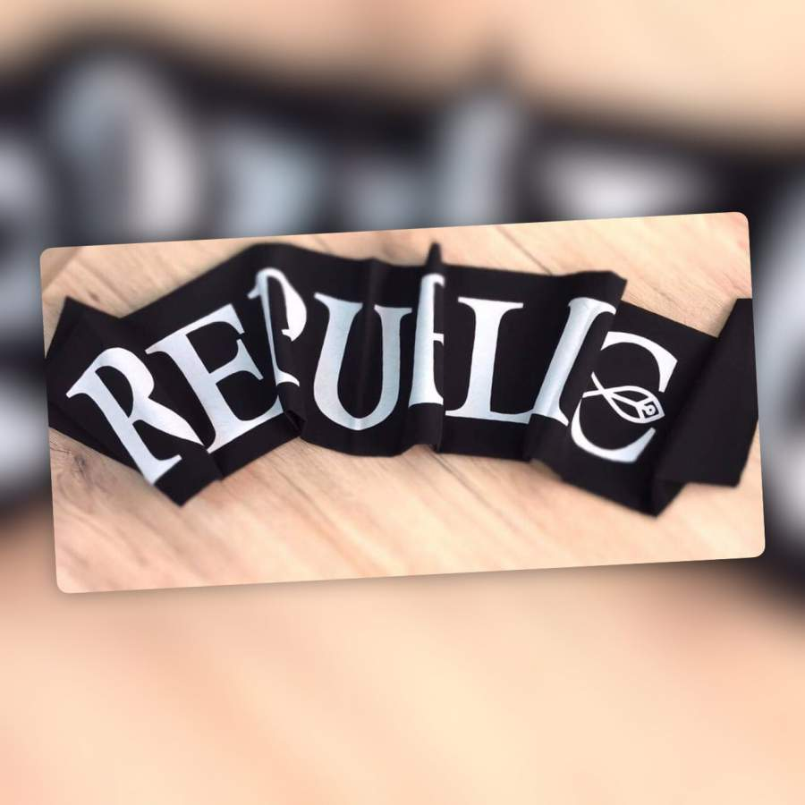 Republic sál - Fekete