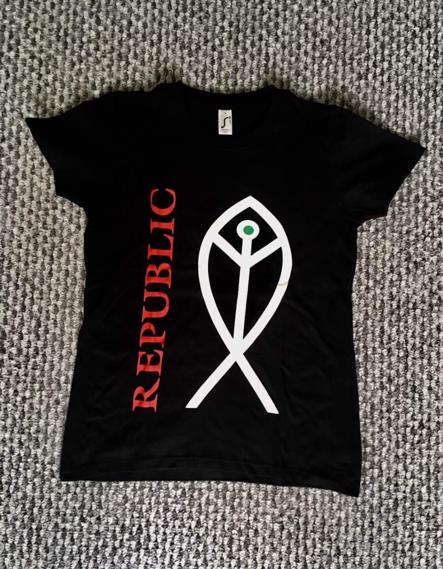 """Republic - ˝Őrizz engem"""" női póló"""